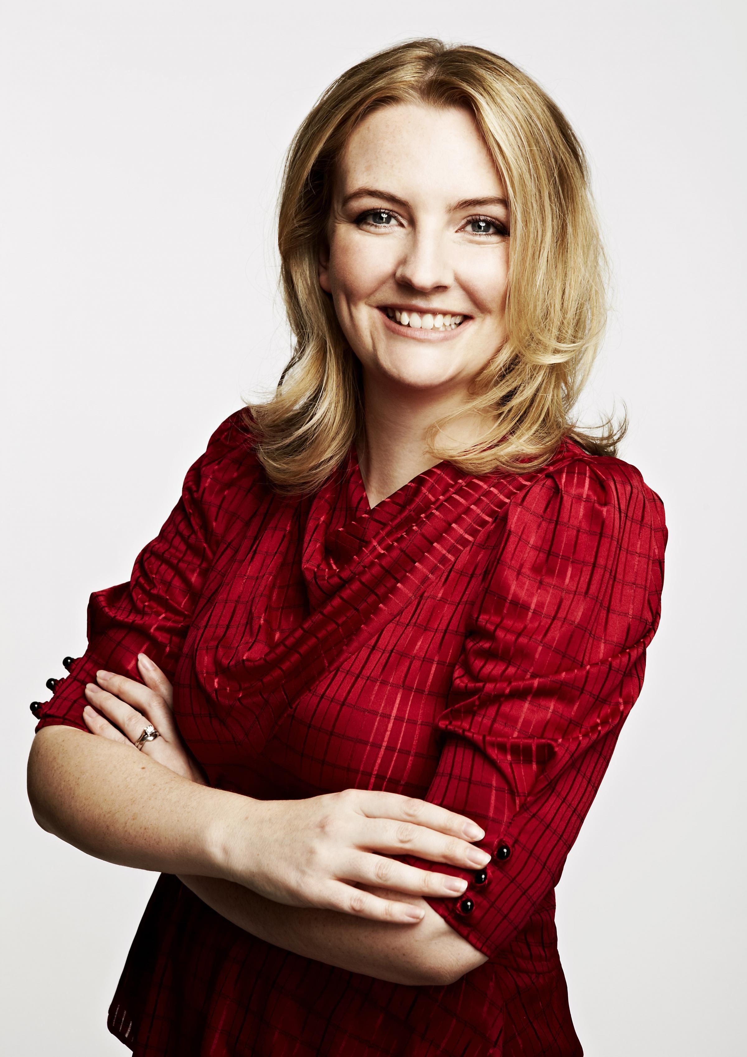 Angela Clarke Net Worth